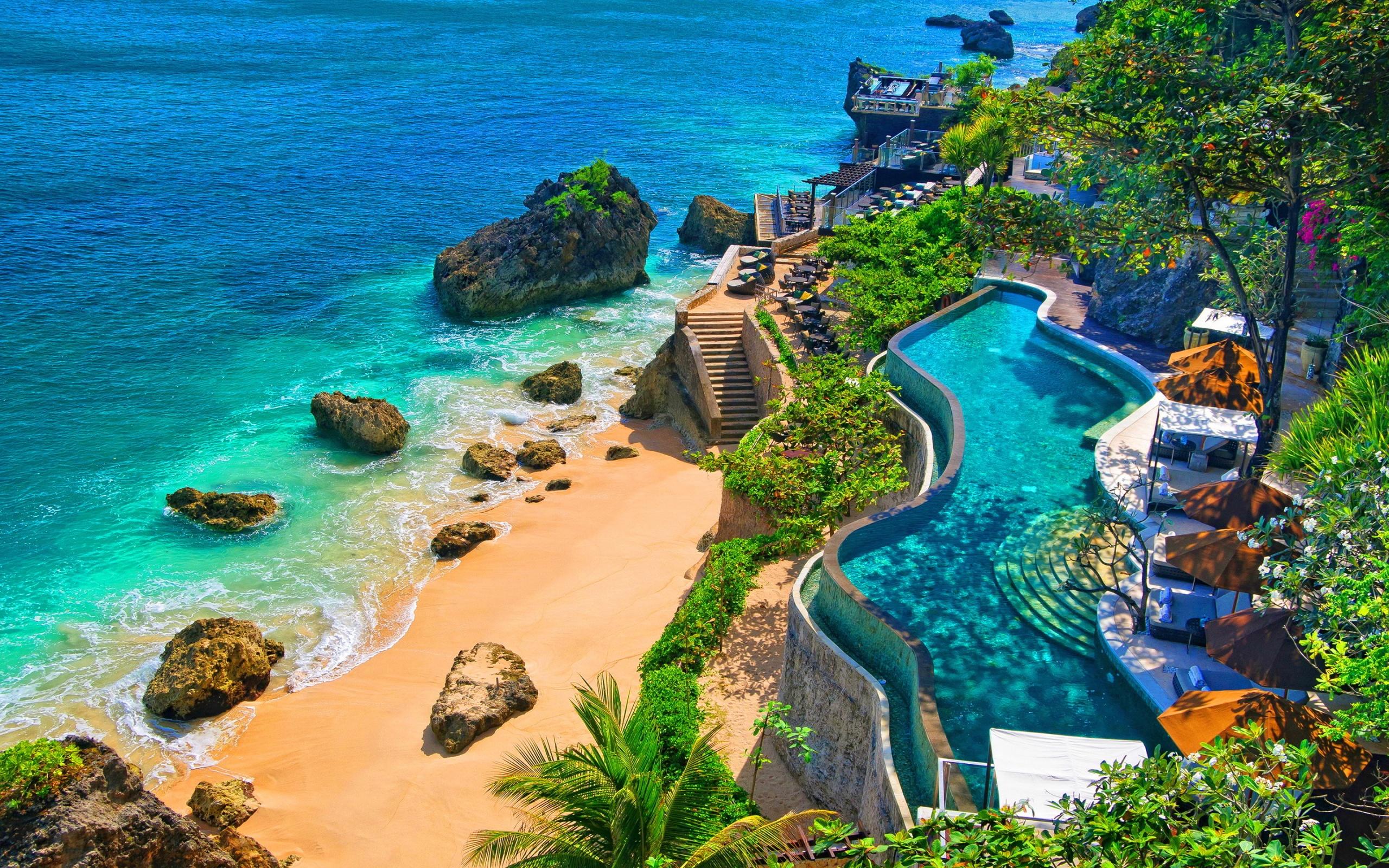 4 Ayana Resort