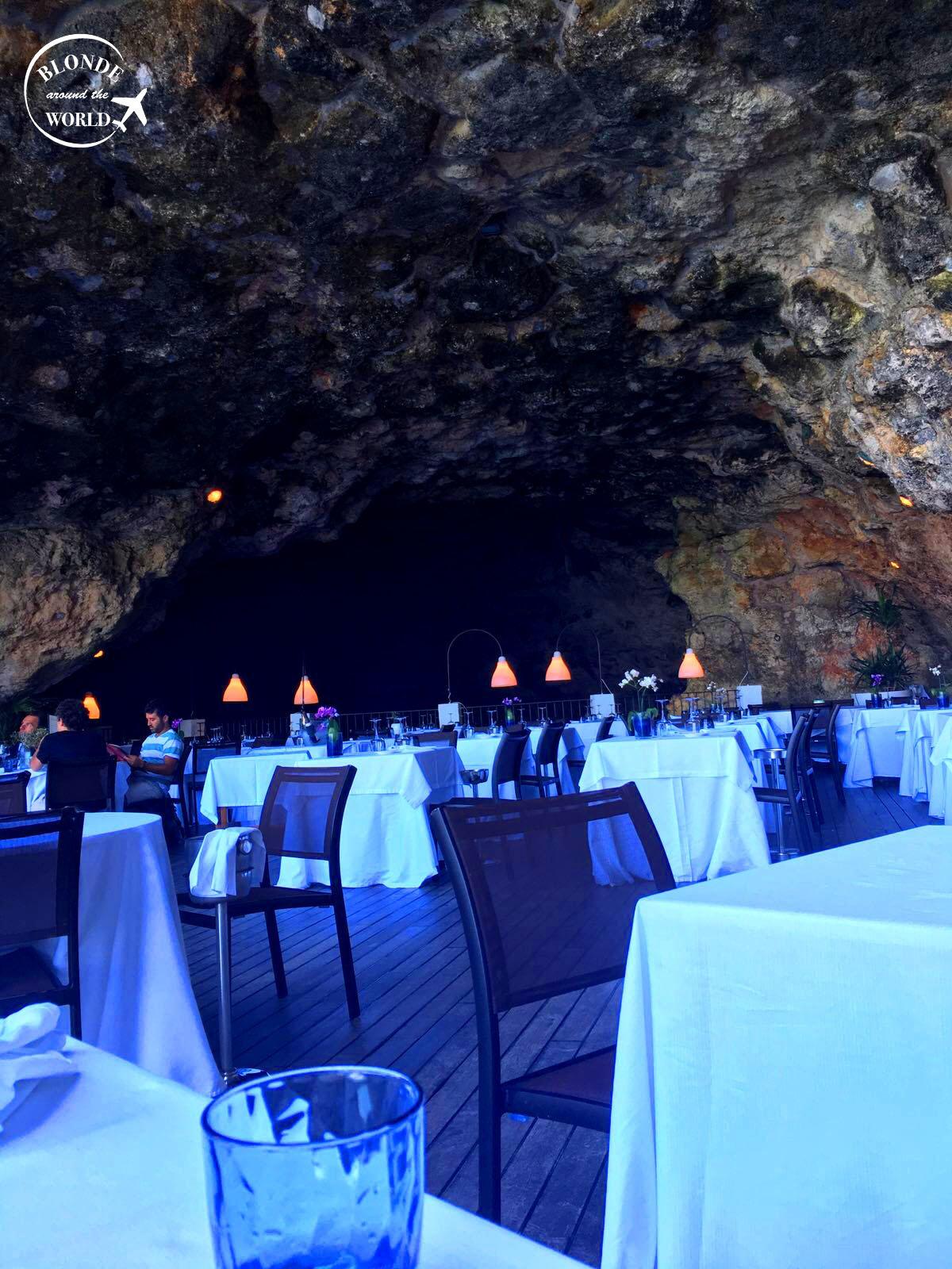 alberobello-grottapalazzese.jpg