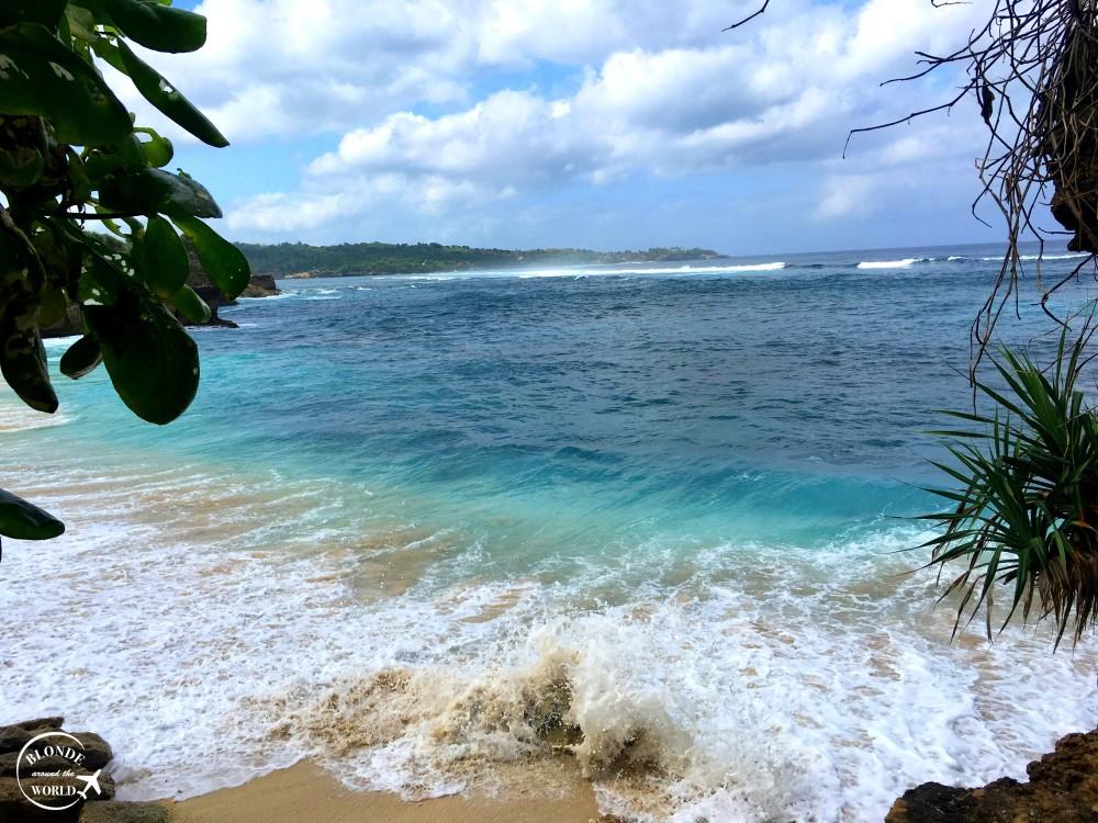 dream-beach-lembonganislands.jpg