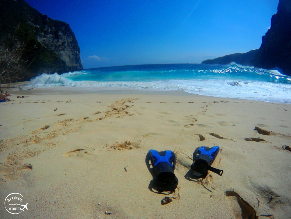 kelingking-beach-flippers.jpg