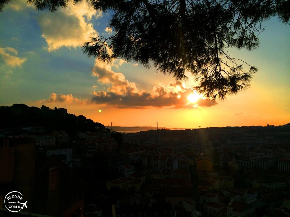 lisbon-sunset-miradourodagraca.jpg