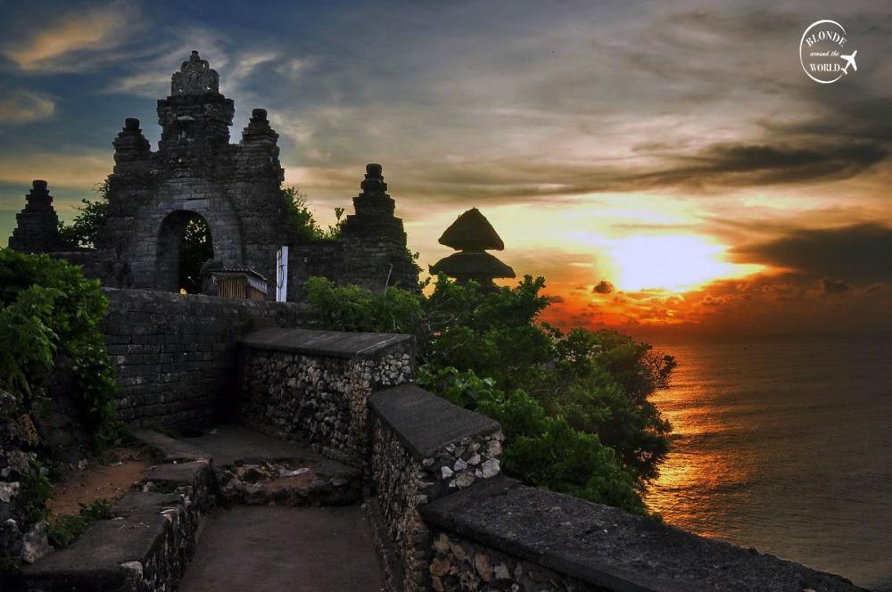 uluwatu-sunset