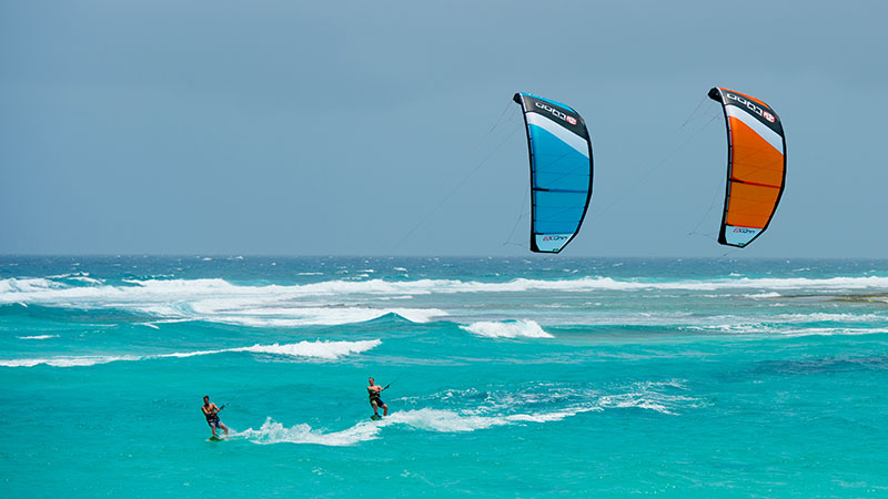 Peter-Lynn-Kiteboarding-Aruba.jpg