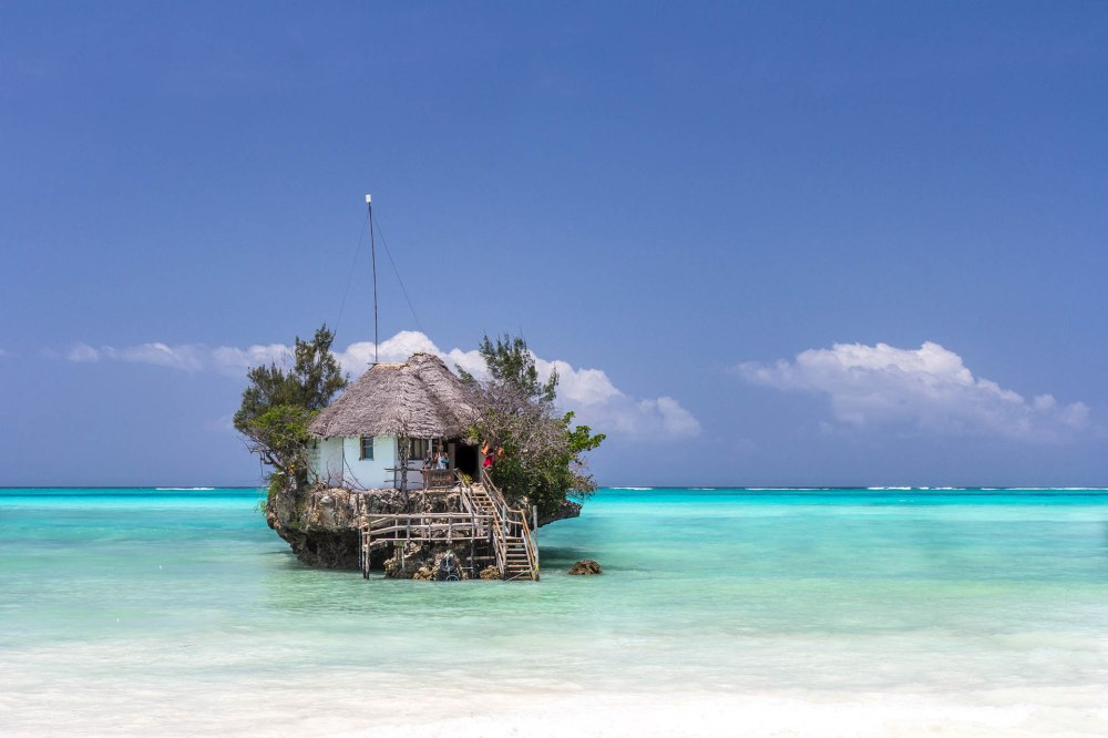 the-rock-restaurant-zanzibar_Bitesee-xl.jpg