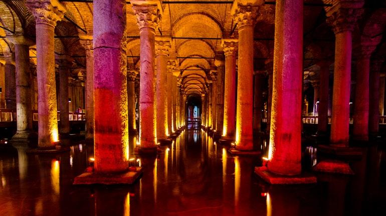 1428039f466c0a547fc5f160d736d685-basilica-cistern.jpg