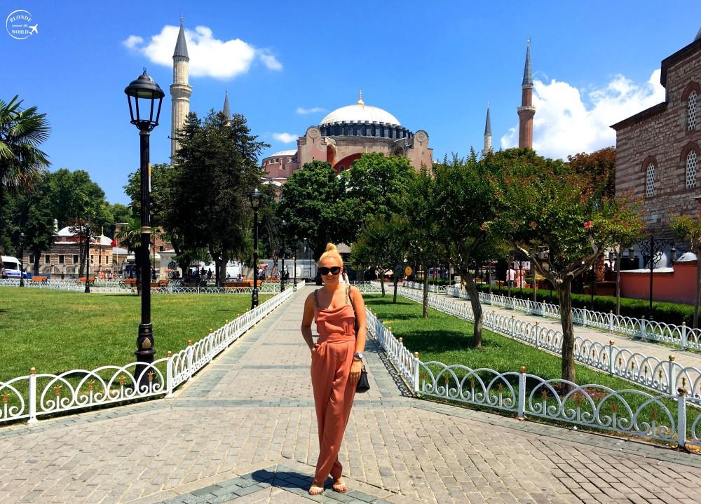 istanbul-hagiasophia-byday.jpg