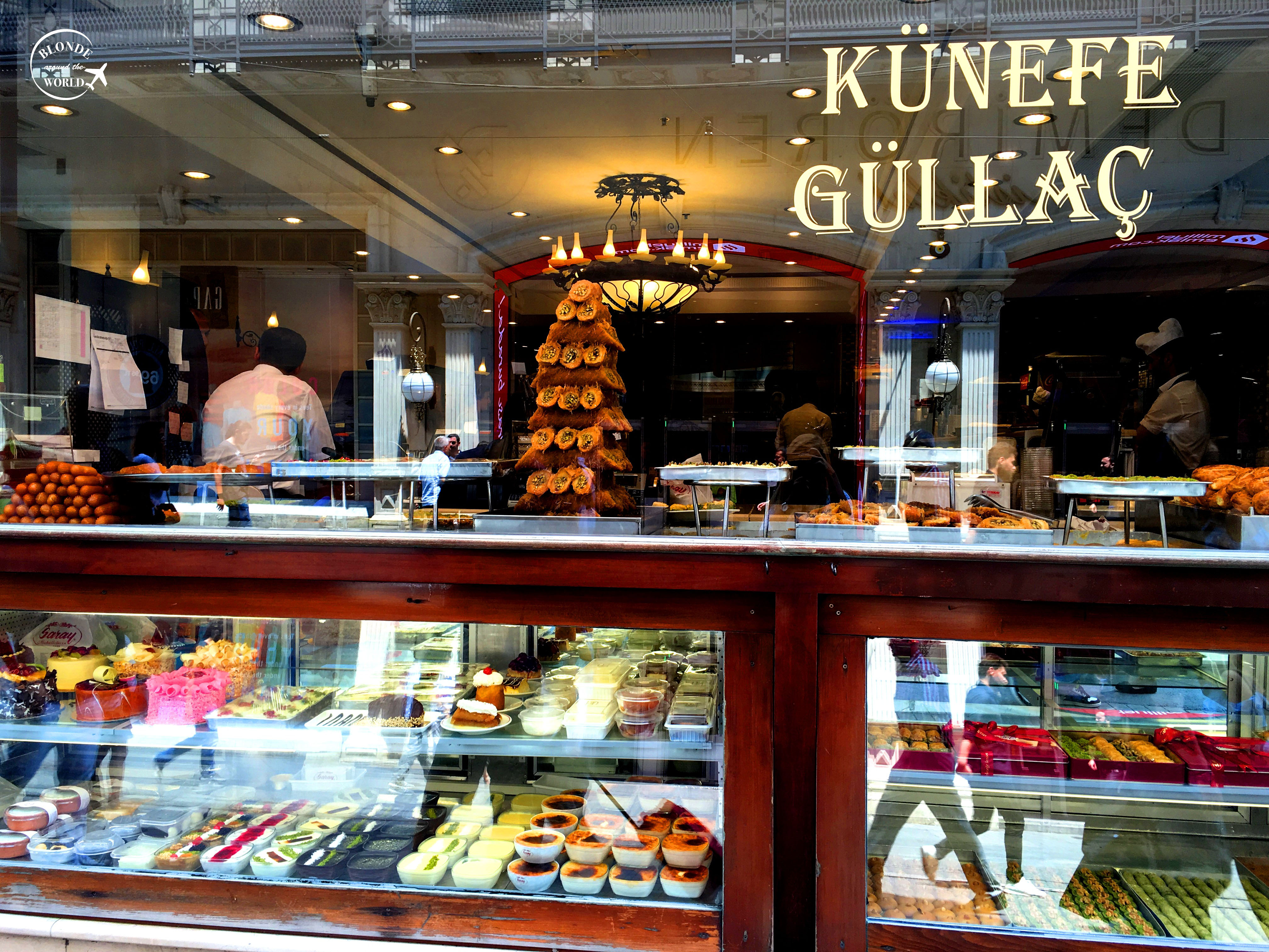 istanbul-istiklal-sweets.jpg