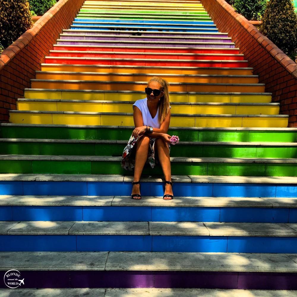 istanbul-rainbowstairs.jpg