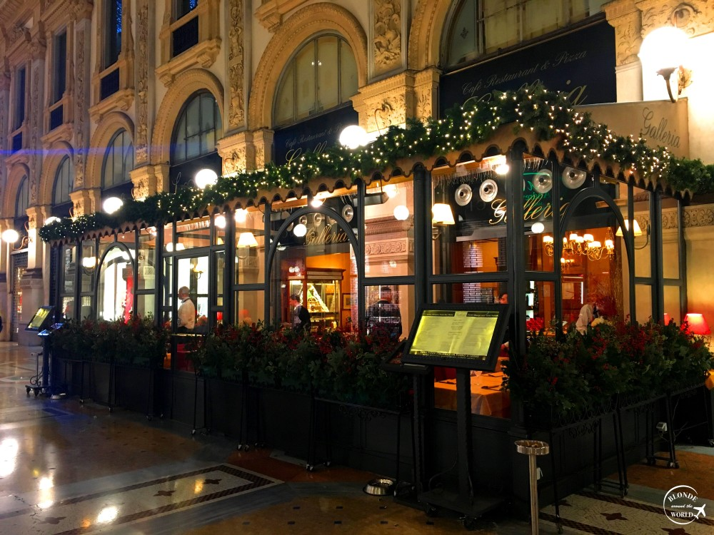 milan-galleria-christmas.jpg