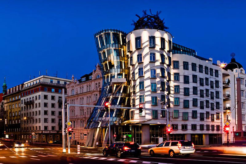prague-dancing-house.jpg