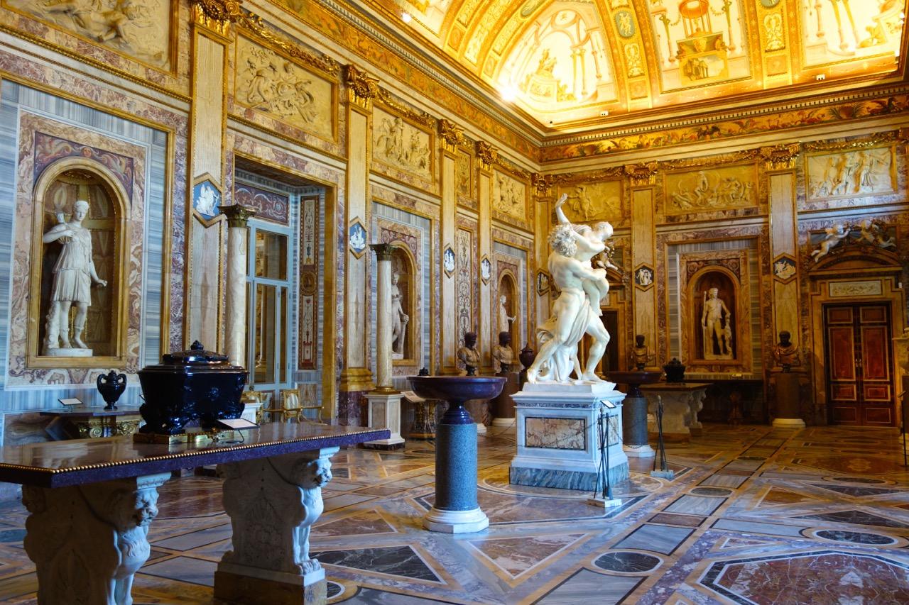 room-inside-galleria-borghese.jpg