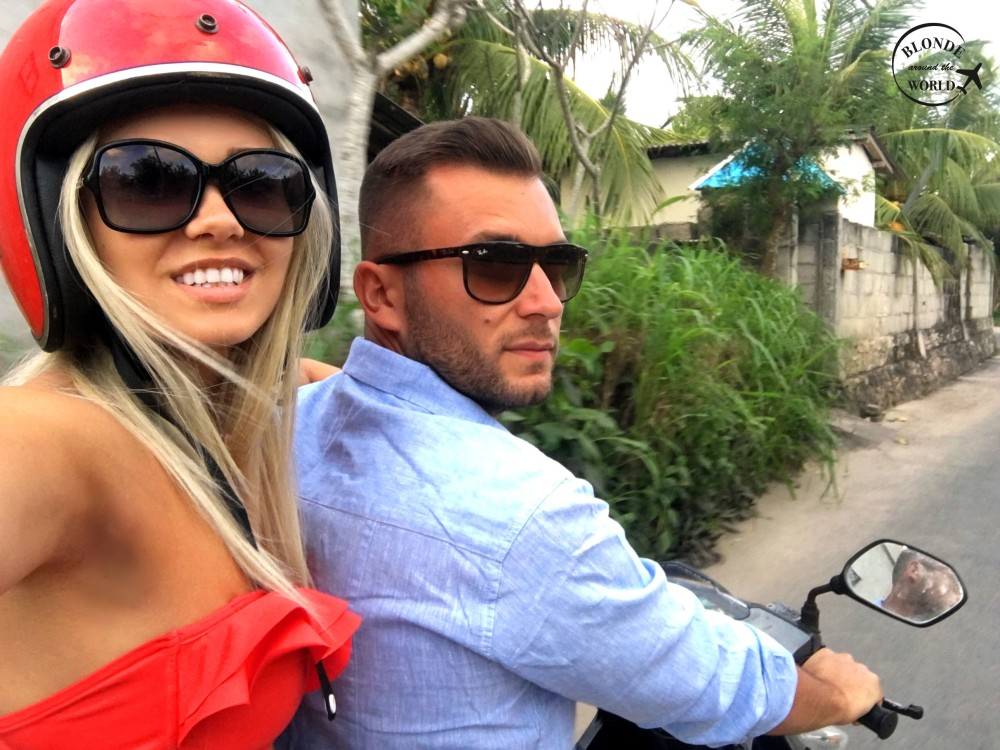 scooter-bali-couple