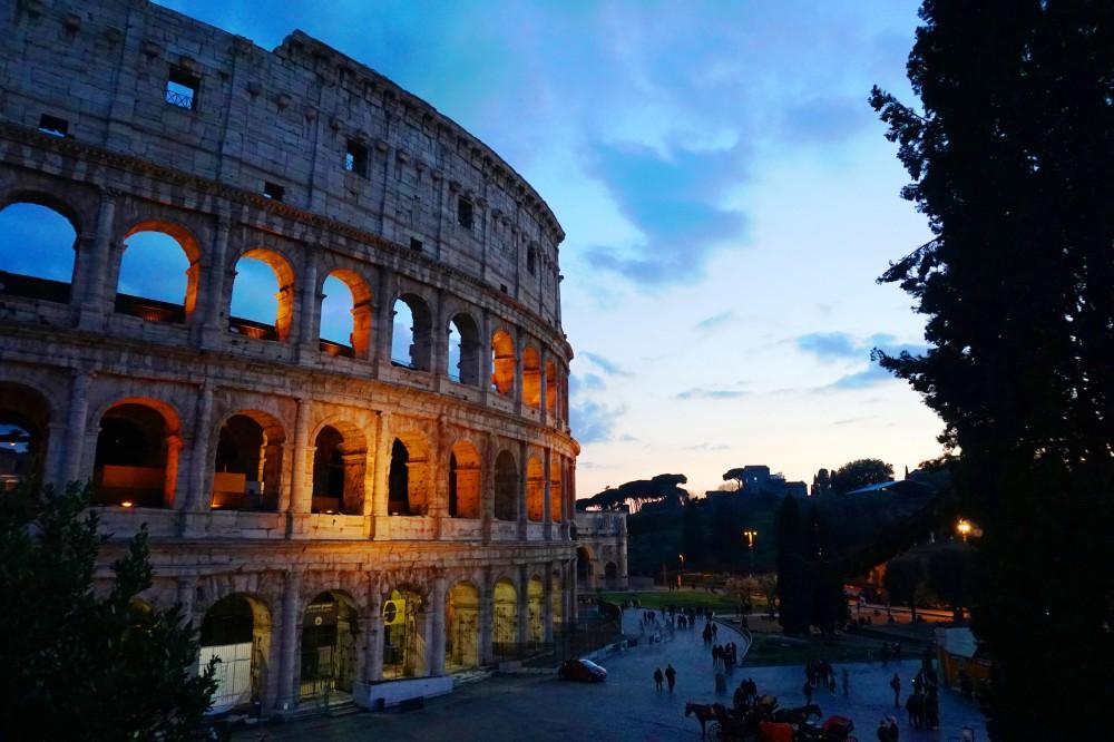 rome_coloseum.jpg